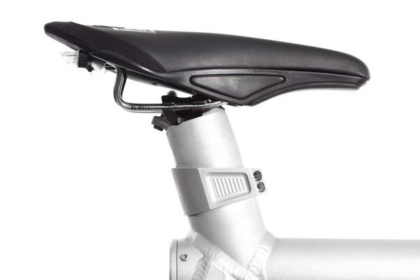 Grace-E-motorbike-02