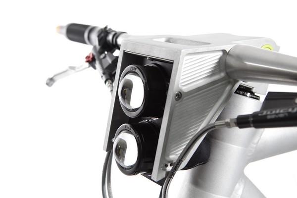 Grace-E-motorbike-05