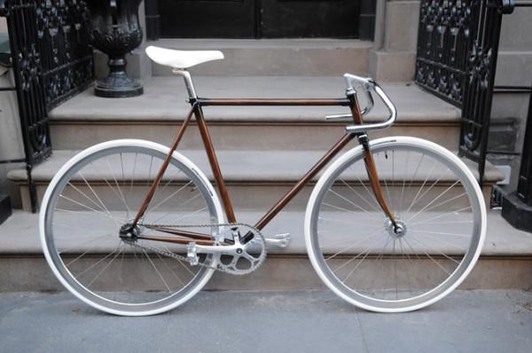 окраска велосипеда под дерево