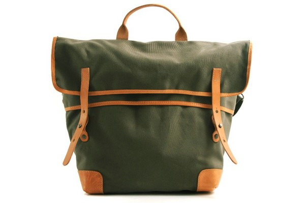 levis-made-crafted-convertible-tote-green-01