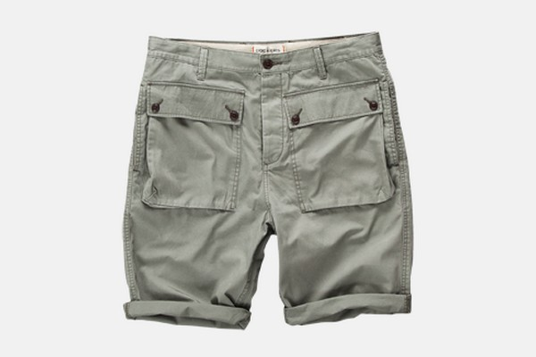 dockers-spring-2012-slouch-cargo-short-01