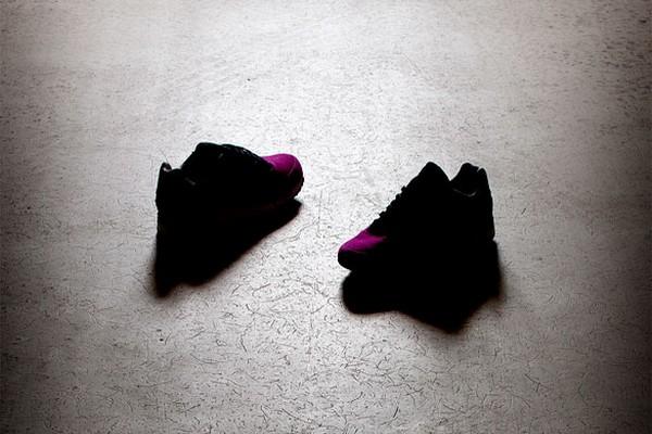 solebox-x-saucony-pink-devil-teaser-01