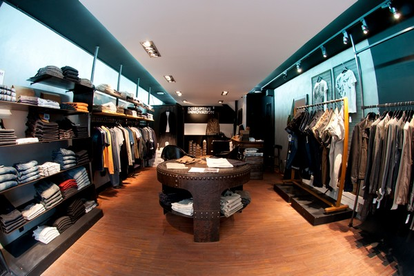 elevation-store-paris-01
