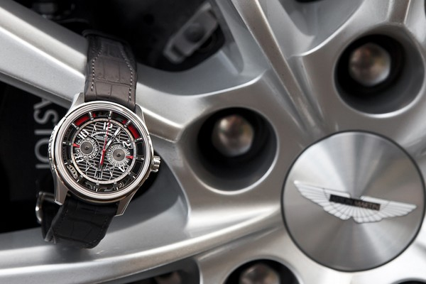 aston-martin-x-jaeger-lecoultre-amvox7-chronograph-01
