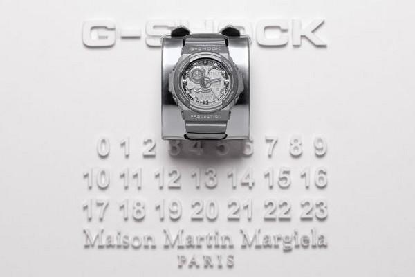 maison-martin-margiela-x-casio-g-shock-ga-300-pict-01