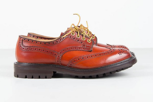 trickers-for-the-bureau-keswick-brogue-01