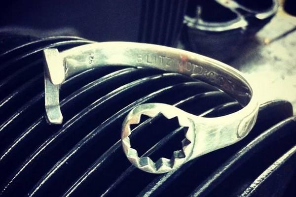 blitz-motorcycles-spanner-14-silver-bracelet-01