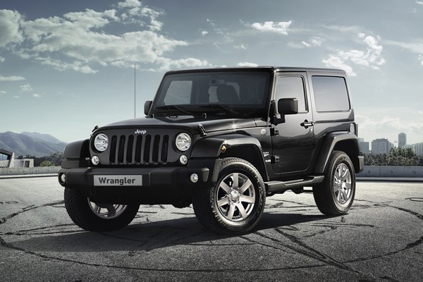 jeep wrangler platinum edition 2013 viacomit. Black Bedroom Furniture Sets. Home Design Ideas