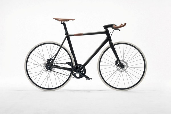 Hermès Launches Two Luxury Bicycles