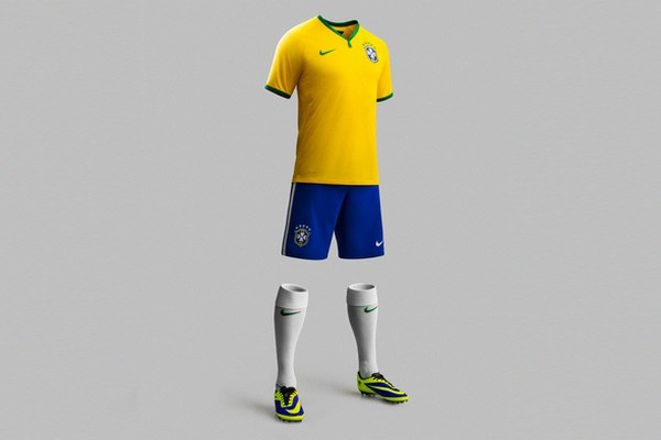 Nike Football Unveils Holding the Brazilian National Team in 2014