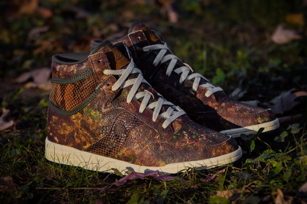 packer-shoes-x-saucony-woodland-snake-01