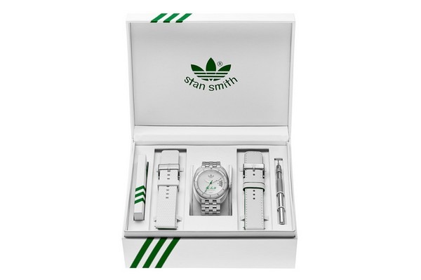 adidas-originals-the-stan-smith-limited-edition-watch-01