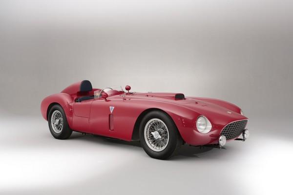 bonhams-to-auction-ex-works-team-ferrari-375-plus-sports-racing-car