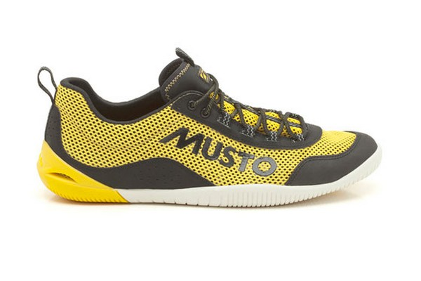 clarks-x-musto-dynamic-pro-shoes-01