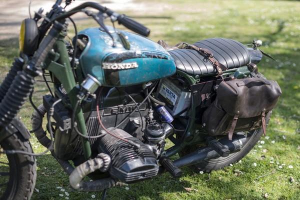 blitz-motorcycle-x-bleu-de-chauffe-eclair-saddlebag-01