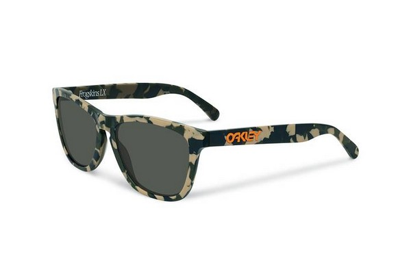 eric-koston-x-oakley-frogskins-capsule-collection-01