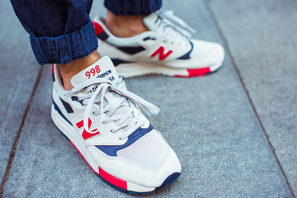 new balance rouge edition limitee