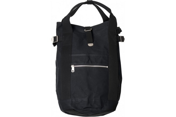 margaret-howell-x-yoshida-two-way-rucksack-01