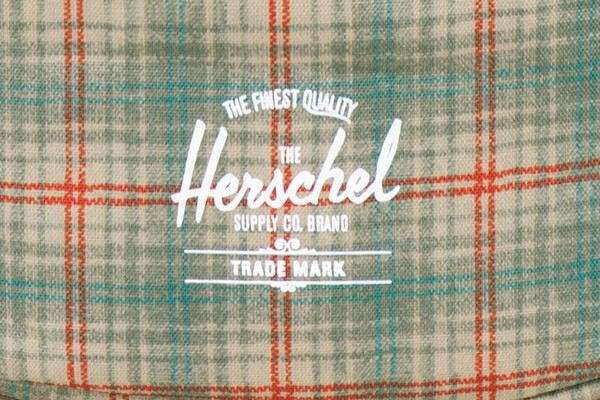 herschel-supply-co-fallwinter-2014-grey-plaid-collection-0000