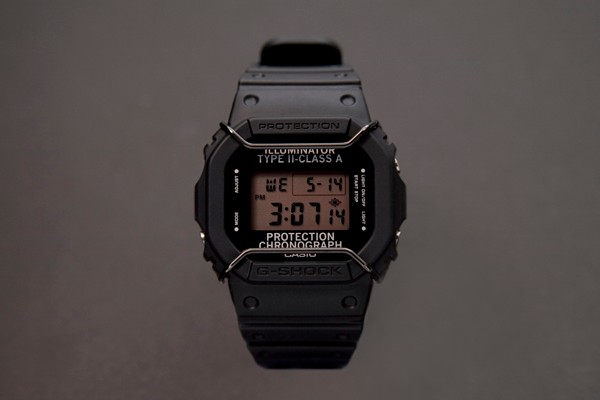 n-hoolywood-x-casio-g-shock-dw-5600nh-1er-picture01