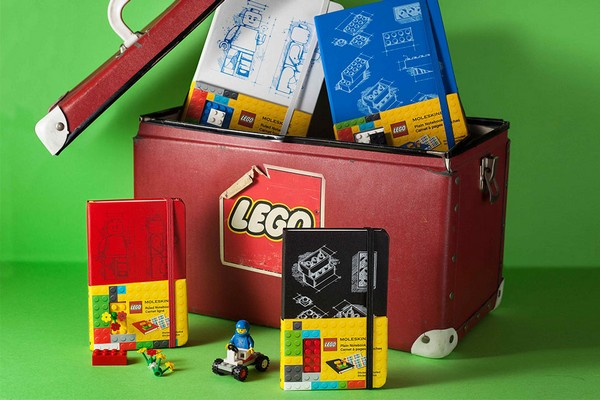 lego-x-moleskine-2014-notebook-collection-01
