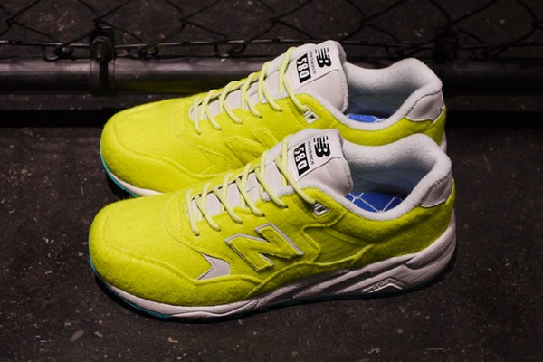 mita-sneakers-x-new-balance-mrt580-battle-surfaces-01