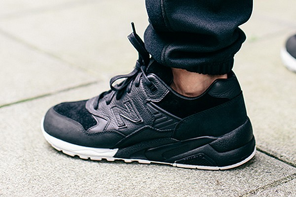 new balance mt580 noir
