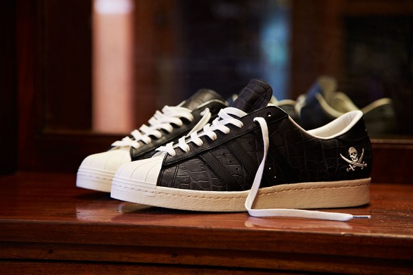 neighborhood-x-adidas-consortium-superstar-10th-anniversary-01