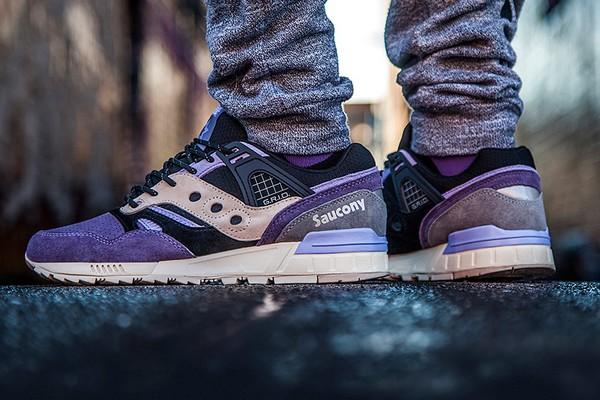 sneaker-freaker-x-saucony-grid-sd-kushwhacker-01