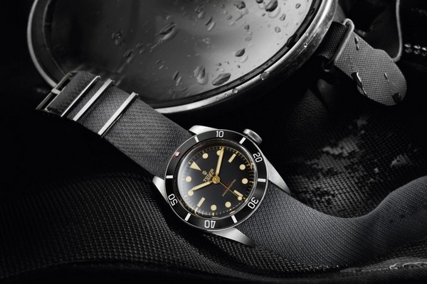 tudor-heritage-black-bay-one-for-only-watch-2015-pict01