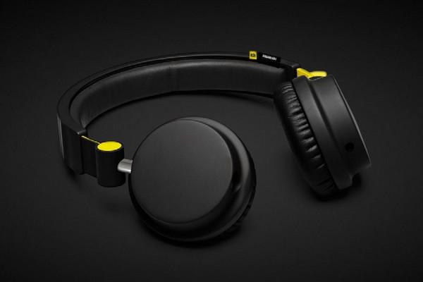 ade-x-urbanears-zinken-headphones-01