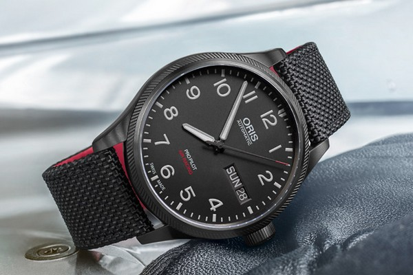 oris-air-racing-edition-v-01