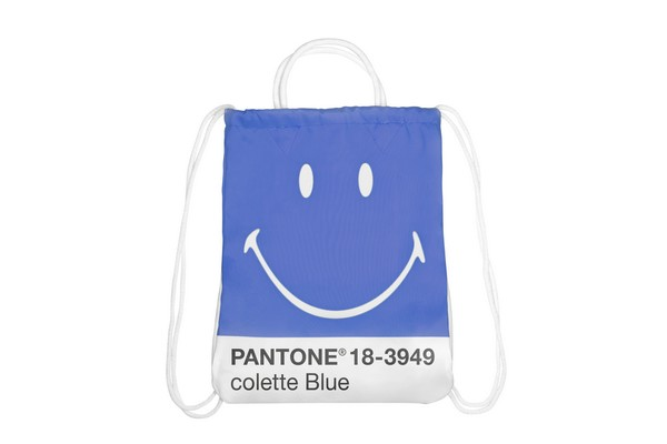 smiley-x-pantone-universe-0001