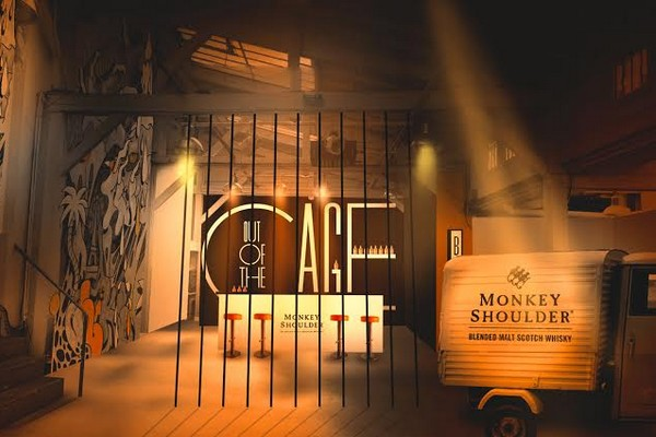 monkey-shoulder-bar-out-of-the-cage-2