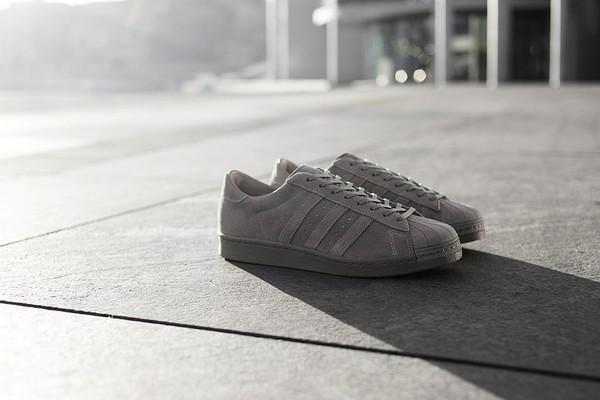 adidas-consortium-superstar-80v-metropolis-01