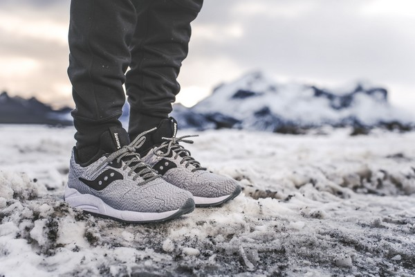 saucony-grid-9000-dirty-snow-01