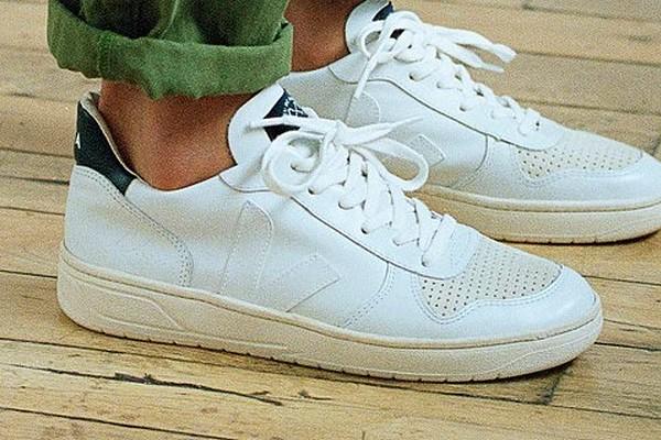 bleu-de-paname-x-veja-v-10-sneakers-00