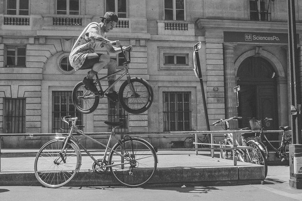 bmx-rider-matthias-dandois-at-home-in-paris-01