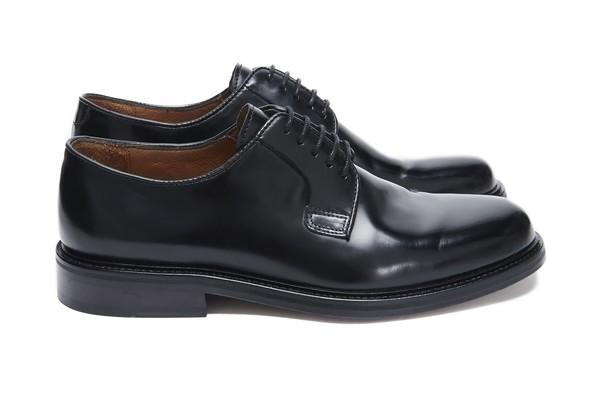 balibaris-lance-sa-premiere-paire-de-chaussures-01