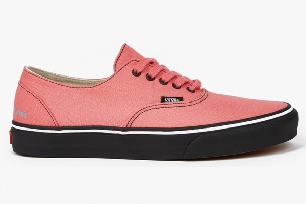 gosha-rubchinskiy-x-vans-authentic-rose-sneakers-01