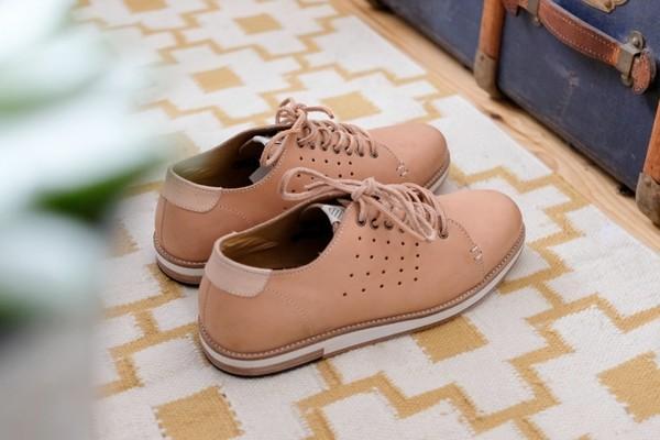 someoneshoes-authentic-travel-01