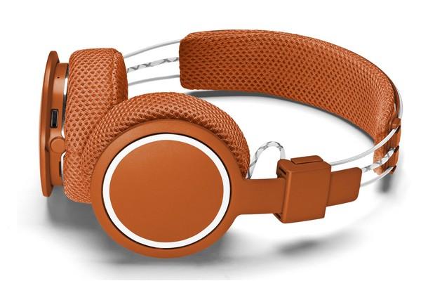 roland-garros-x-urbanears-hellas-headphones-01