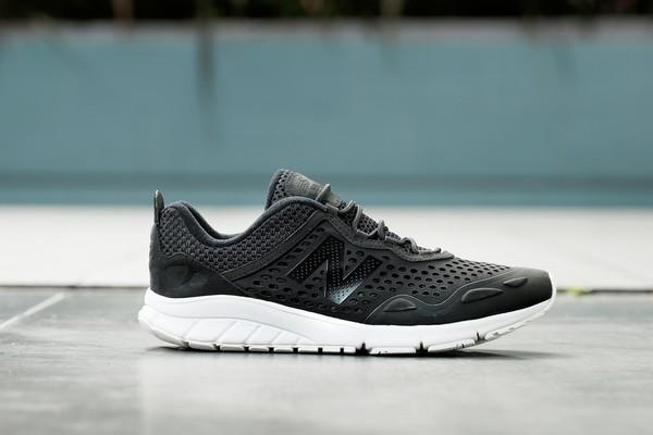 chaussures de séparation bf89b 57212 size? x New Balance 801 Vazee