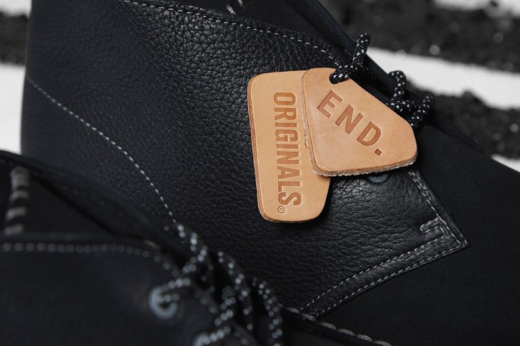 "Teasing : Clarks Originals x END. Desert Coal ""Black Diamond"""