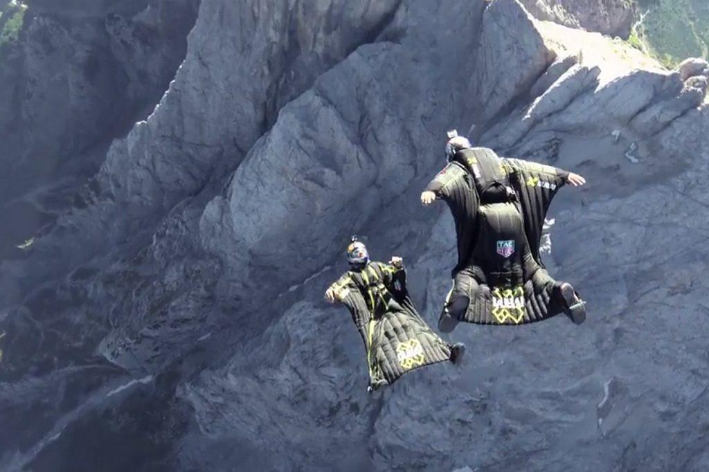 Les Soul Flyers offrent une nouvelle vision du Wingsuit Freestyle