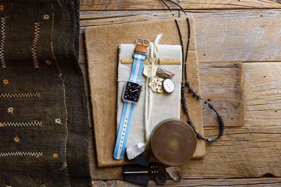 toms-for-apple-watch-01