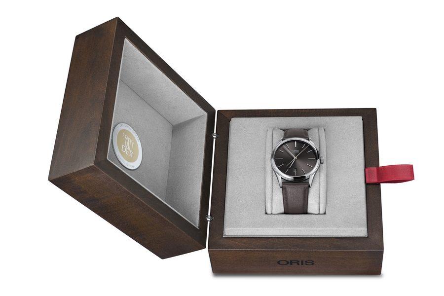 oris-dexter-gordon-limited-edition-watch-06