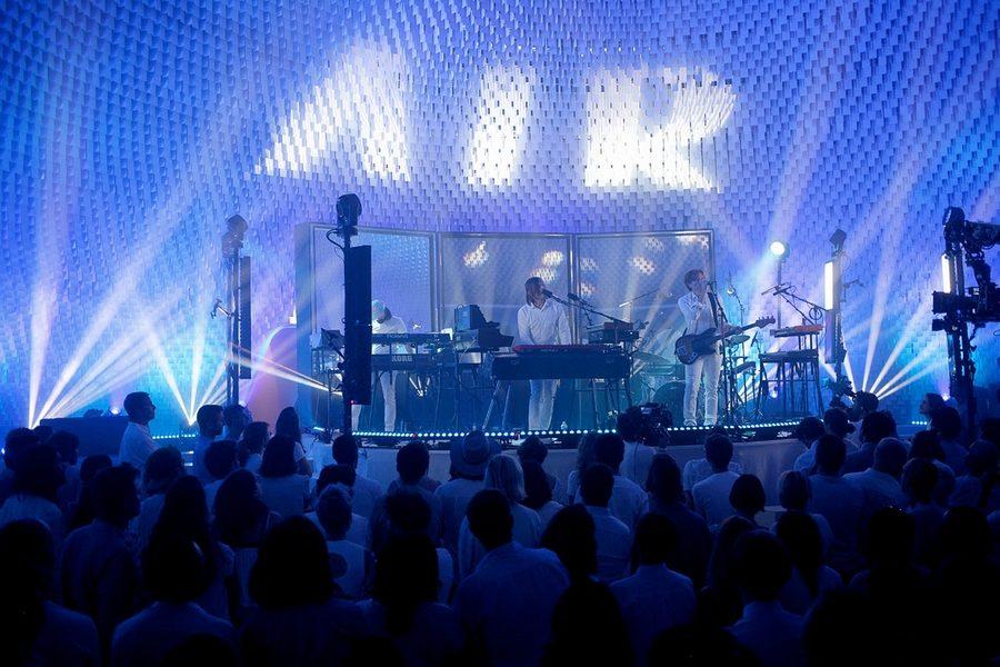 la-blogotheque-concert-air-coupole-niemeyer-01