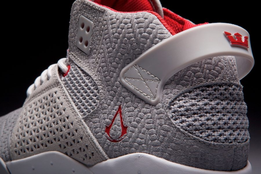 supra-x-assassins-creed-collection-02