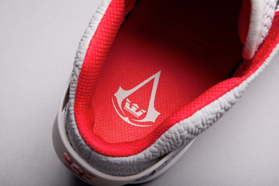 supra-x-assassins-creed-collection-05